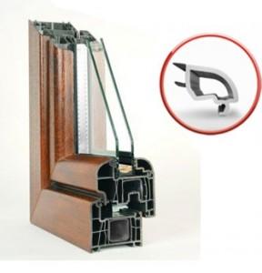Kada rinktis plastikinius langus?